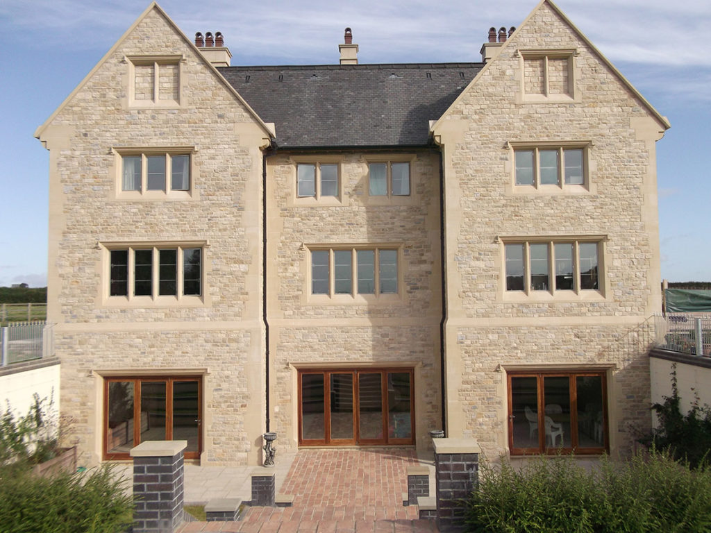 Cast Stone With Natural Stone Jpg